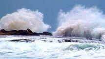وزش باد شدید و مواج شدن تنگه هرمز و دریای عمان