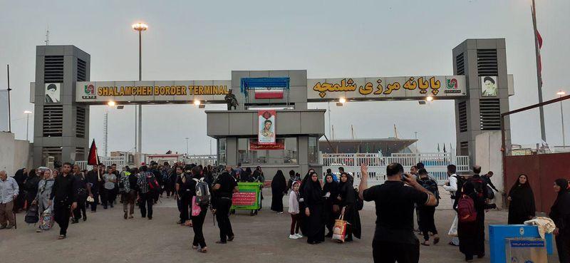 استقرار ۳۰۰ اتوبوس برای انتقال زائران اربعین به کشور