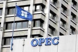 همراهی جمهوری آذربایجان با اوپک برای کاهش تولید نفت