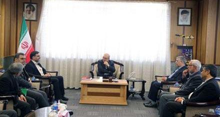 دولت به استفاده از ظرفیت دانشگاه ها در حل مسائل کشور و استان مصمم است
