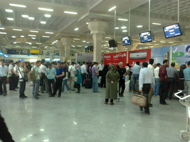 پرواز اهواز - تهران با ۱۸ ساعت تاخیر انجام شد