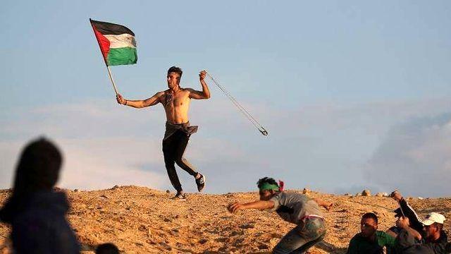 جوان فلسطینی در مرزهای غزه به ضرب گلوله صهیونیستها شهید شد