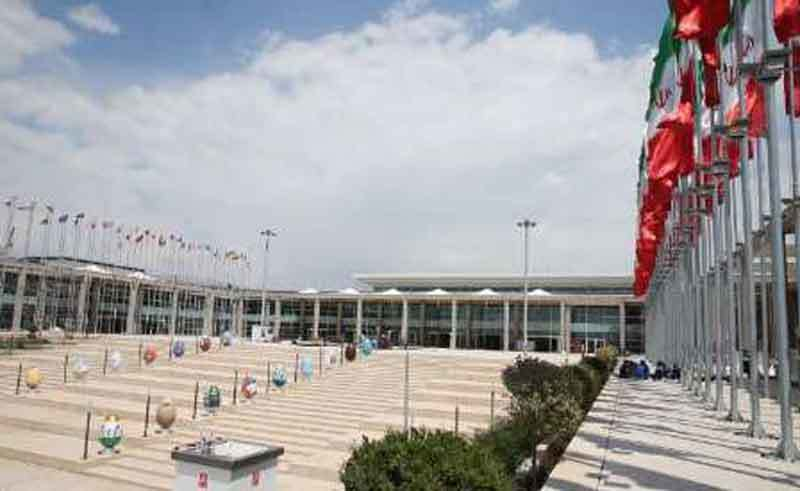 اعضای شورای شهر تهران از نمایشگاه شهر آفتاب بازدید کردند