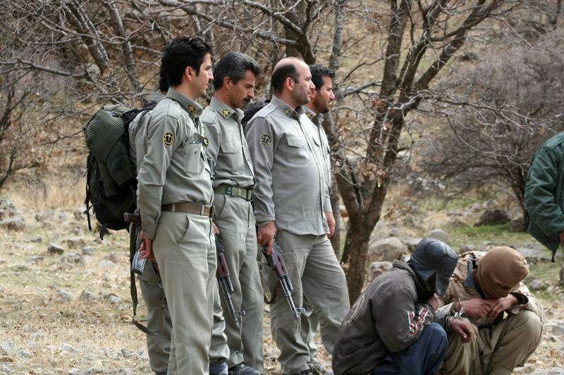 درگیری محیط بانان پارک ملی گلستان با شکارچیان غیر مجاز