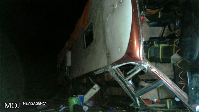 جان باختن ۱۹ نفر در حادثه نی ریز / وجود تبعه کشورهای دیگر در میان کشته شدگان