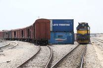 قطار حمل و نقل ریلی در بزرگترین بندر ایران شتاب می گیرد