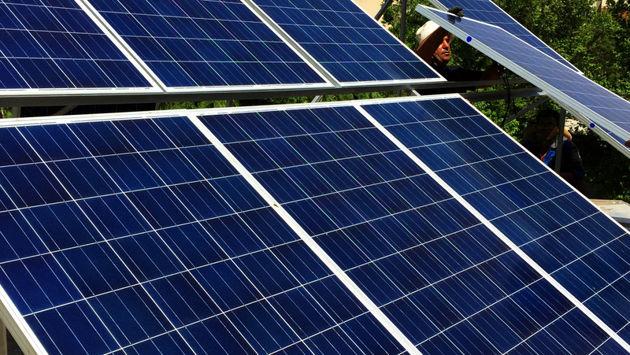 مرکز تحقیقات سلول های خورشیدی سیلیکونی راه اندازی شد