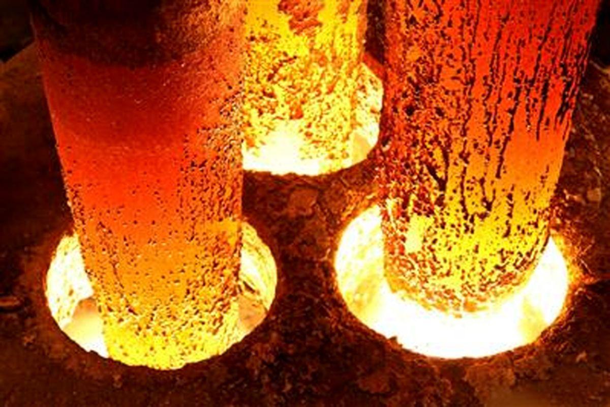 رکورد ماهیانه700 هزار تن در ناحیه فولادسازی؛ عزم فولاد مردان برای مانع زدایی تولید
