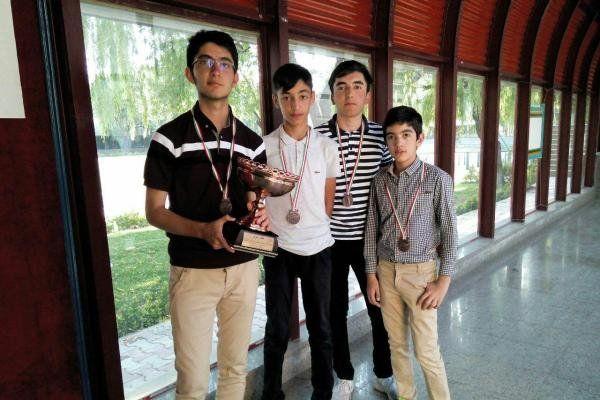 تیم گلستان مقام سوم مسابقات گلف زیر ۱۸ سال کشور را کسب کرد
