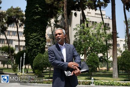 حاشیه جلسه هیات دولت - ۵ تیر ۱۳۹۸ / محمد نهاوندیان معاون اقتصادی رییسجمهور