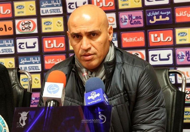 منصوریان: سازمان لیگ با بیرحمی برنامهریزی میکند