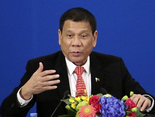 دوترته بار دیگر پلیس فیلیپین را به میدان جنگ با قاچاقچیان مواد مخدر فراخواند