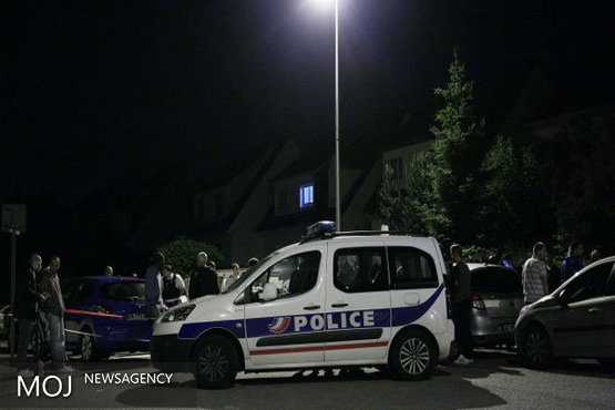 تیراندازی در مقابل یکی از ایستگاه های مترو پاریس