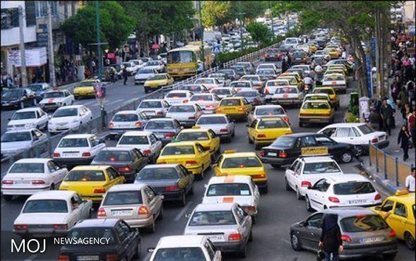 شهری کوچک با معضل بزرگ ترافیک / ترافیک چالش اصلی معابر شهری