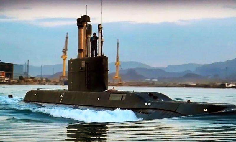 زیردریایی بومی «فاتح» به ناوگان نداجا ملحق شد