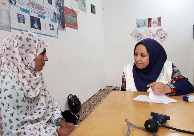 ارائه خدمات پزشکی و مامایی به روستاهای حاجی آباد