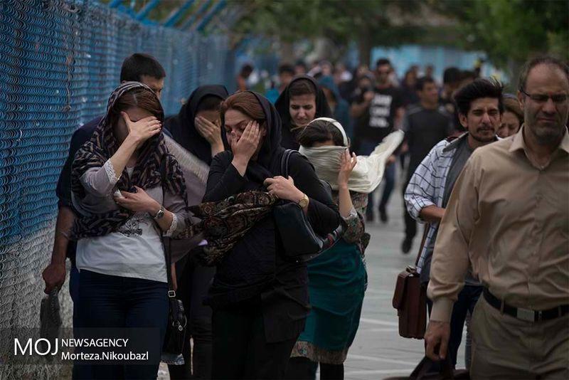 وزش باد شدید در آسمان تهران فردا جمعه