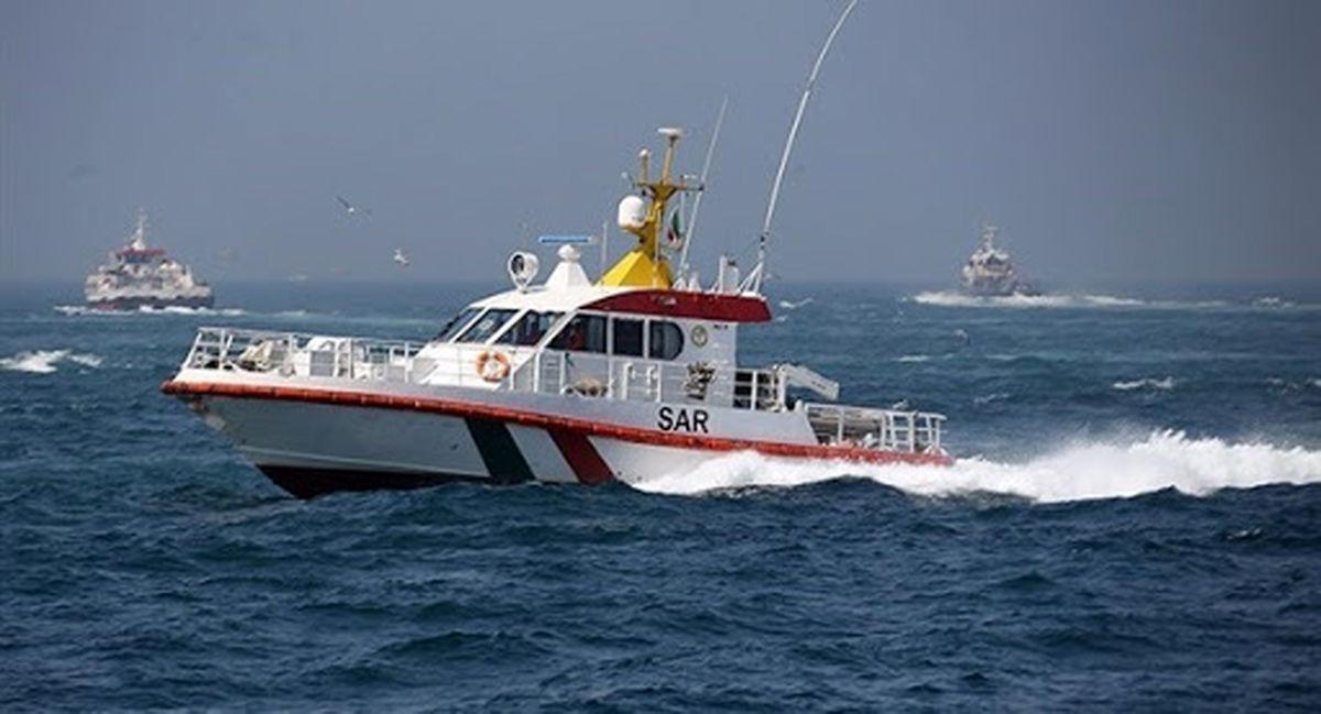 سه صیاد هرمزگانی مفقود شده  در آبهای جزیره سیری نجات یافتند