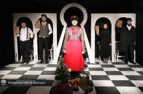 «خانه عروسک» در حوزه هنری قم به روی صحنه میرود