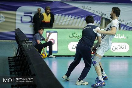 دیدار تیم های والیبال پیکان تهران و شهرداری ورامین