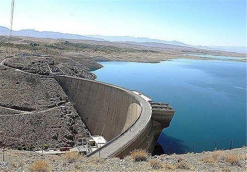 علی رغم بارش های اخیر ذخیره سد زاینده رود مطلوب نیست
