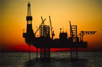 عدم نیاز تزریق ذخایر سوخت به بازار